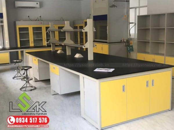 Bàn thí nghiệm trung tâm, Laboratory Central bench, Laboratory furniture